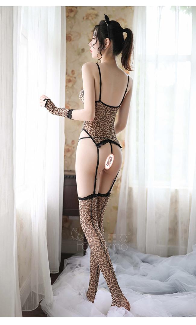 《FEE ET MOI》撩人小野豹角色扮演服!蕾絲滾邊吊襪帶五件式套裝